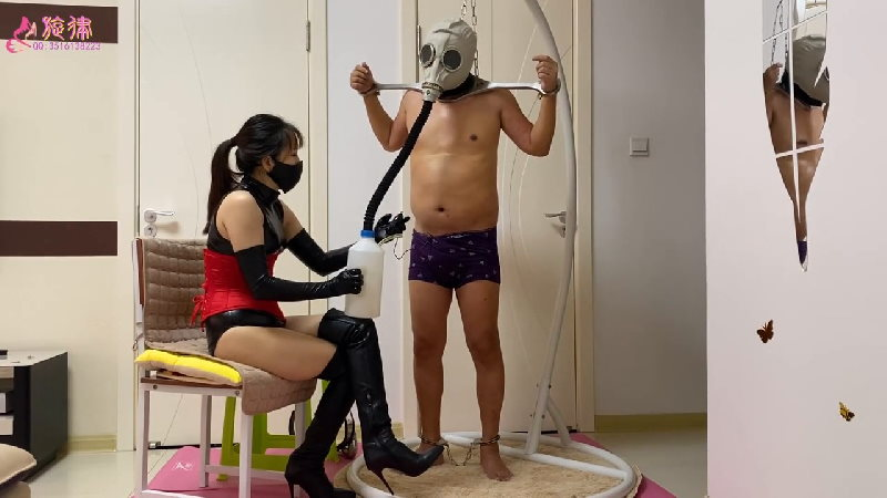 CNGM-363 Chinese femdom in gas mask